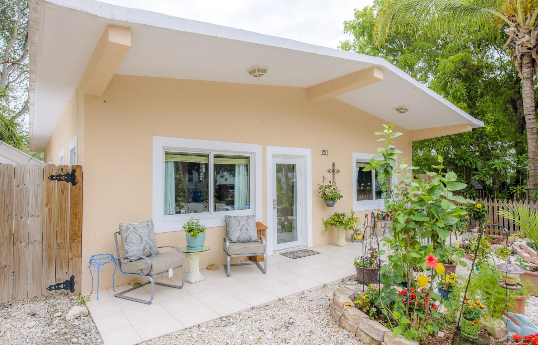 Fantastic Florida Keys Real Estate News Claire Johnson Top Producer Interior Design Ideas Gresisoteloinfo